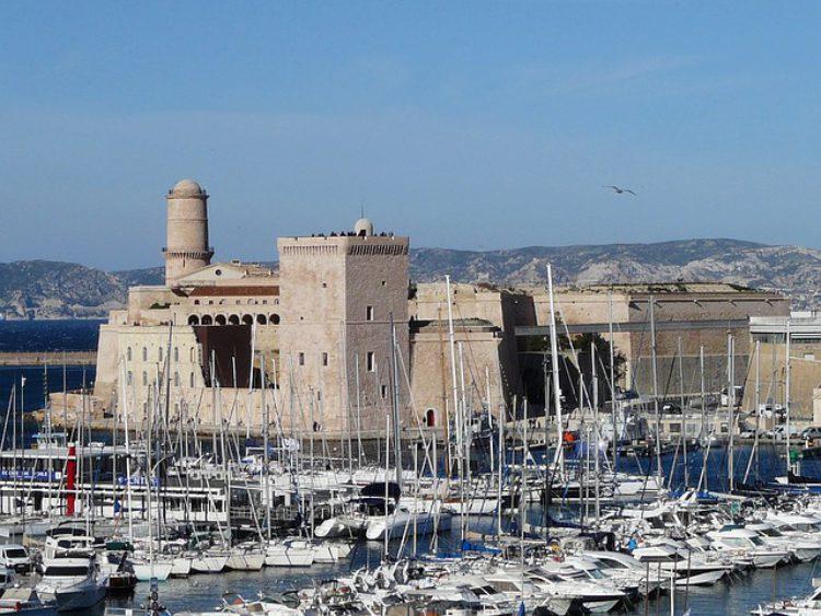 Форт Святого Иоанна (Fort Saint-Jean) в Марселе - достопримечательности Марселя, Франция