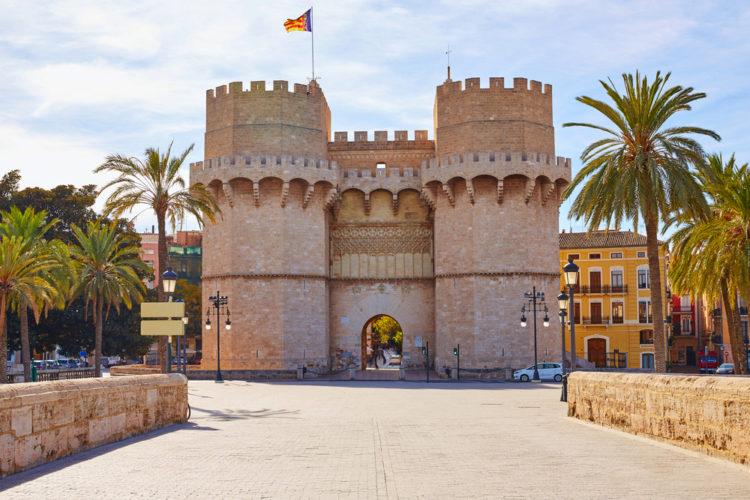Ворота Серранос - достопримечательности Валенсии
