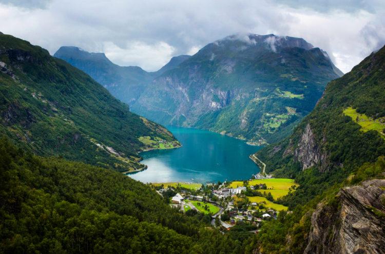 Гейрангер-фьорд - достопримечательности Норвегии
