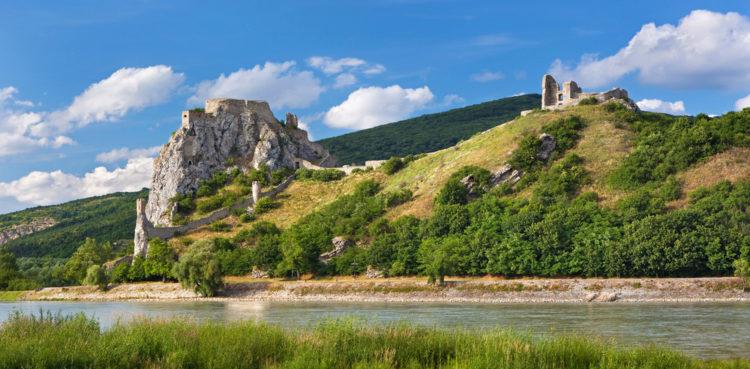 Замок Девин - достопримечательности Словакии