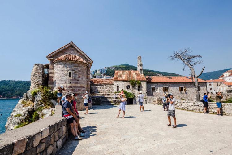 Цитадель в Будве - достопримечательности Черногории