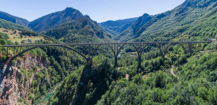 Мост Джурджевича - достопримечательности Черногории