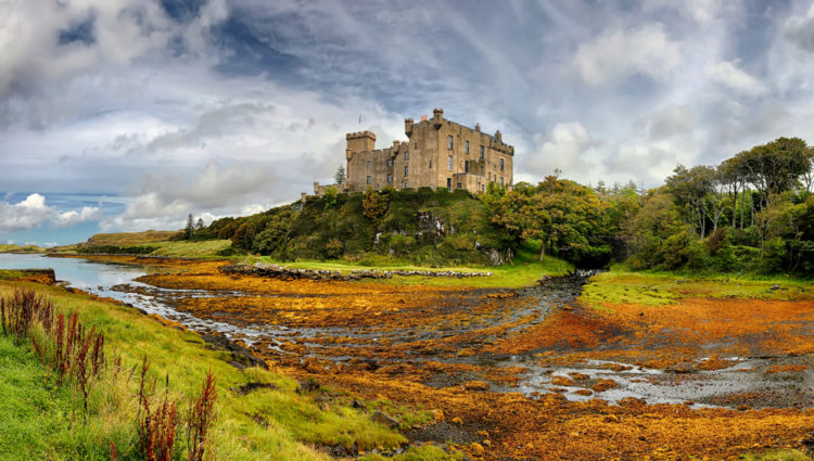 Замок Данвеган - Что посмотреть в Шотландии