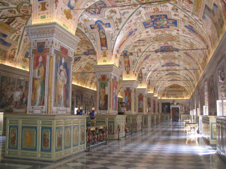 Ватиканская апостольская библиотека - достопримечательности Ватикана
