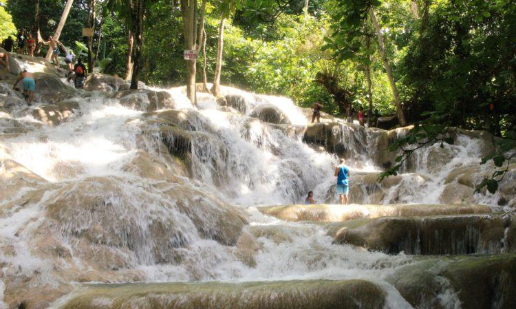 Водопады Даннс-Ривер - достопримечательности Ямайки