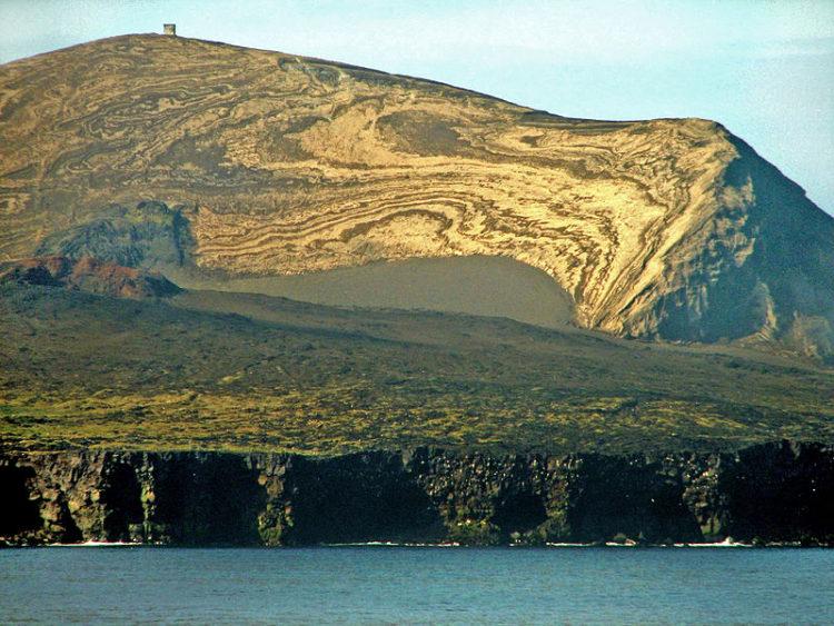 Что посмотреть в Исландии - Суртсей