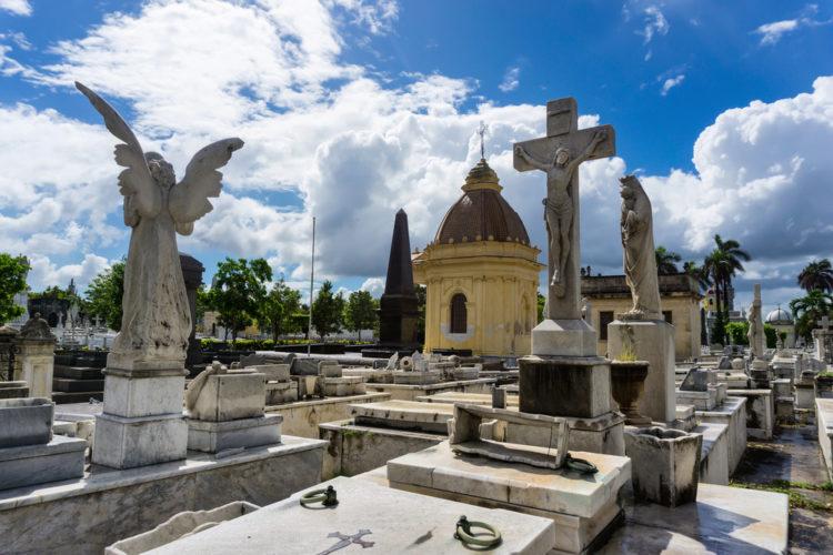 Кладбище Колон - Что посмотреть на Кубе