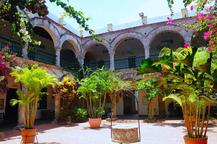Женский монастырь Конвенто-де-ла-Попа - достопримечательности Колумбии
