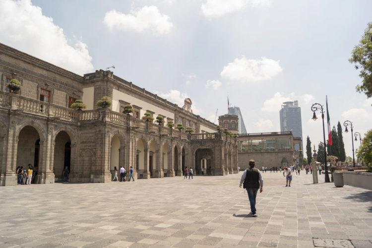 Чапультепекский дворец - достопримечательности Мексики