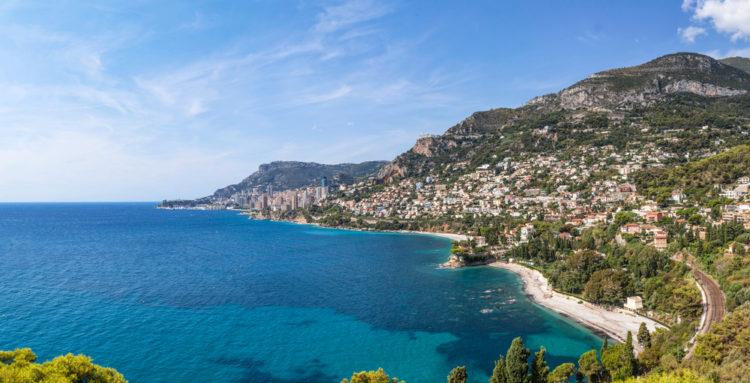 Пляж Ларвотто - достопримечательности Монако