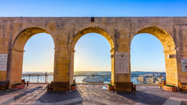 Смотровая площадка Верхних Садов Барракка - достопримечательности Мальты