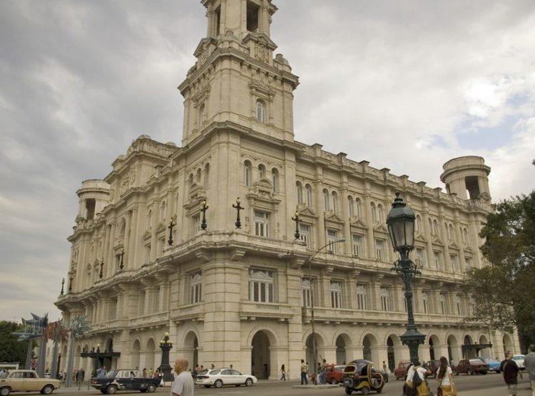 Национальный музей изящных искусств - достопримечательности Кубы