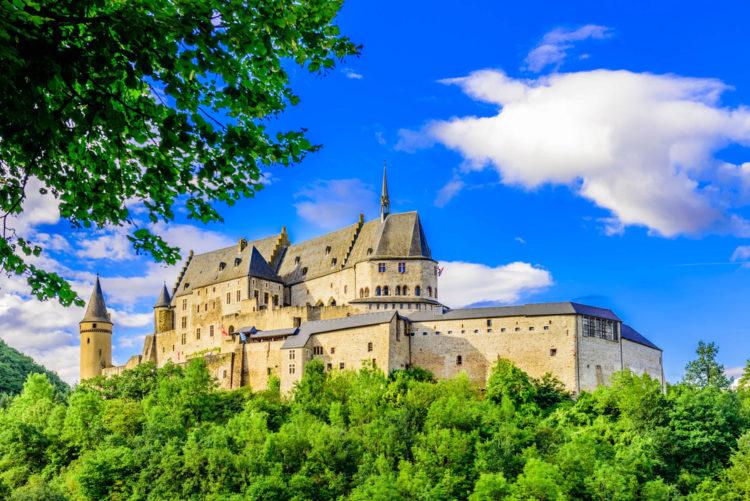 Город и замок Вианден в Люксембурге