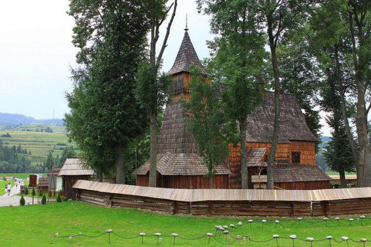 Деревянные костелы юга Малой Польши - достопримечательности Польши