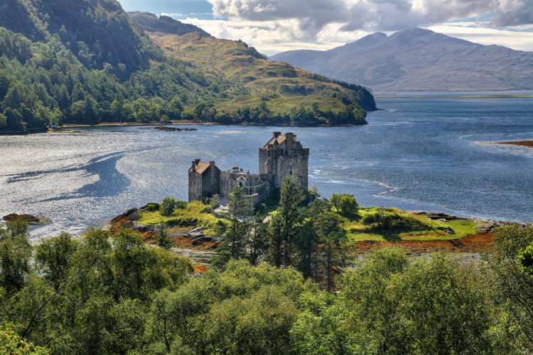 Замок Эйлен-Донан - достопримечательности Шотландии