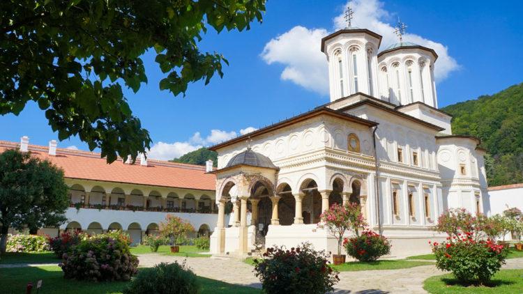 Монастырь Хорезу - достопримечательности Румынии
