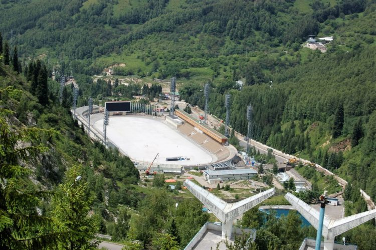 Спортивный комплекс Медео - достопримечательности Казахстана