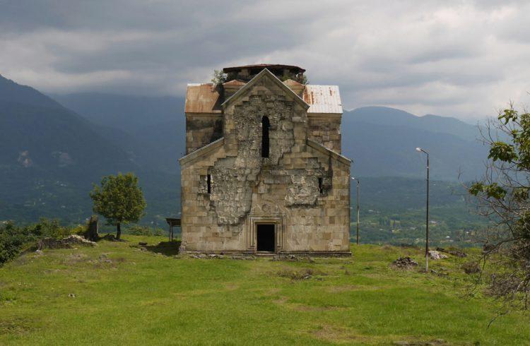 Бедийский собор - достопримечательности Абхазии
