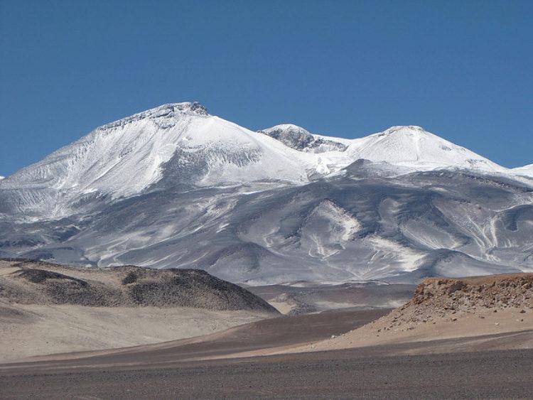 Вулкан Охос дель Саладо - достопримечательности Чили