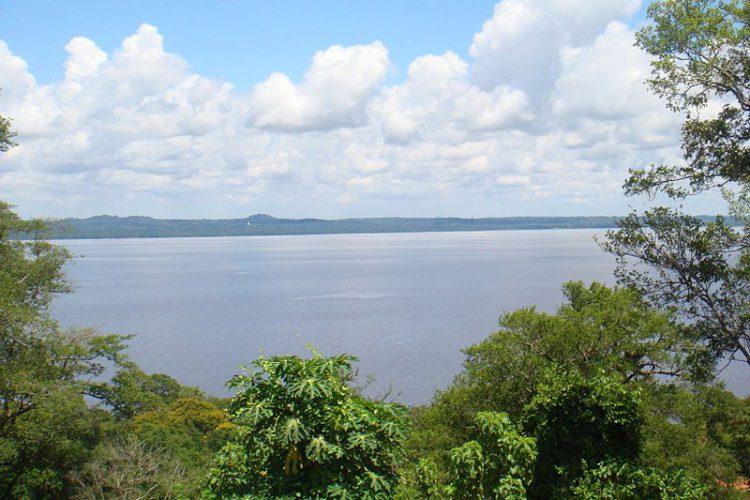 Озеро Ипакарай - достопримечательности Парагвая
