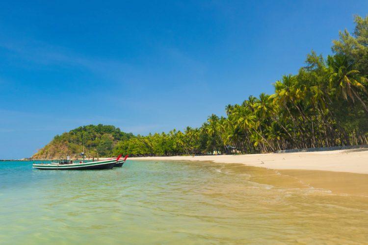 Пляж Нгапали - Что посмотреть в Мьянме