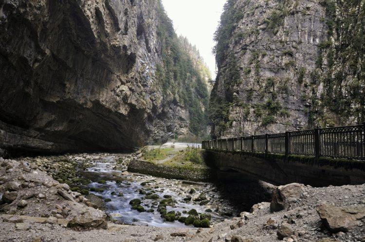 Юпшарский каньон - достопримечательности Абхазии