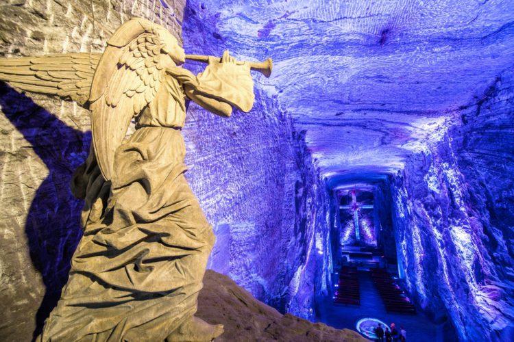 Соляной собор Сипакиры - достопримечательности Колумбии