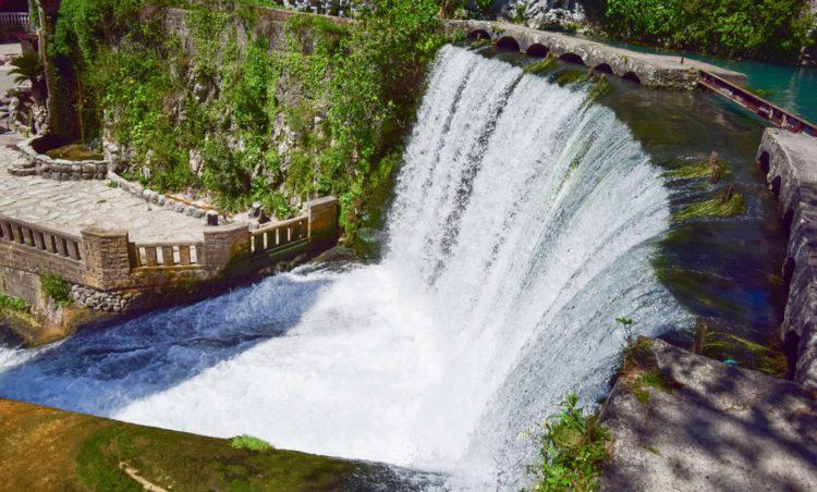 Новоафонский водопад - достопримечательности Абхазии