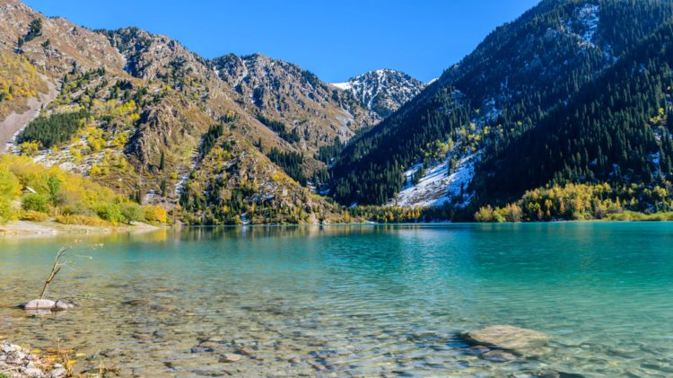 Озеро Иссык - Что посмотреть в Казахстане