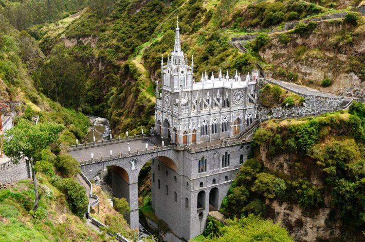 Церковь Лас-Лахас - достопримечательности Колумбии