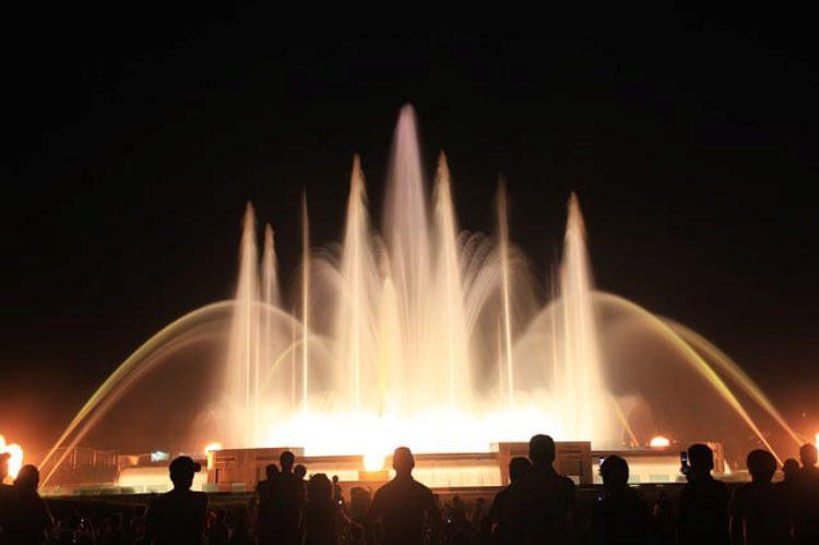 Музыкальный фонтан - достопримечательности Кувейта