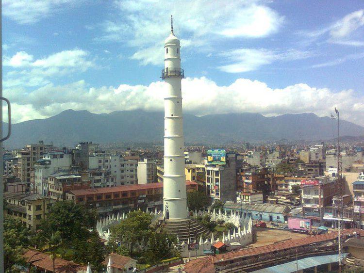 Дхарахара (Башня Бхимсена) - достопримечательности Непала