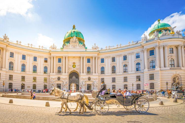 Дворец Хофбург - достопримечательности Вены