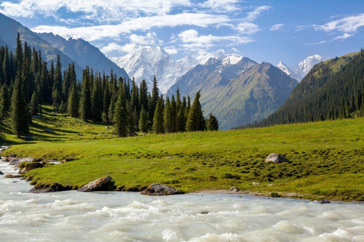 Горы Тянь-Шань - достопримечательности Киргизии