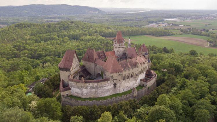 Замок Кройценштайн - достопримечательности Вены