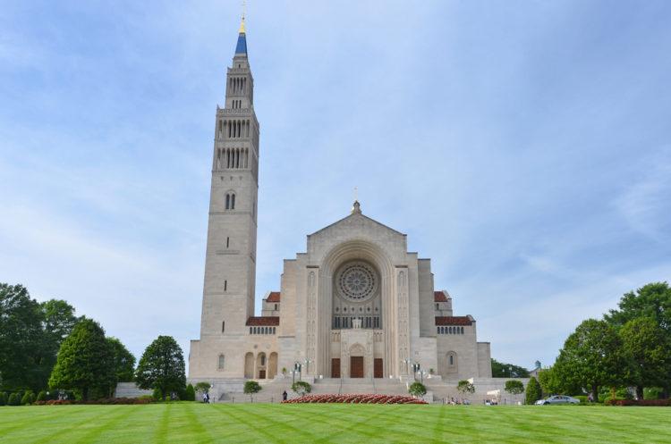 Базилика Непорочного зачатия Пресвятой Девы Марии - достопримечательности Вашингтона