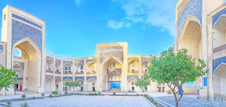 Минарет и мечеть Калян в Бухаре - достопримечательности Узбекистана