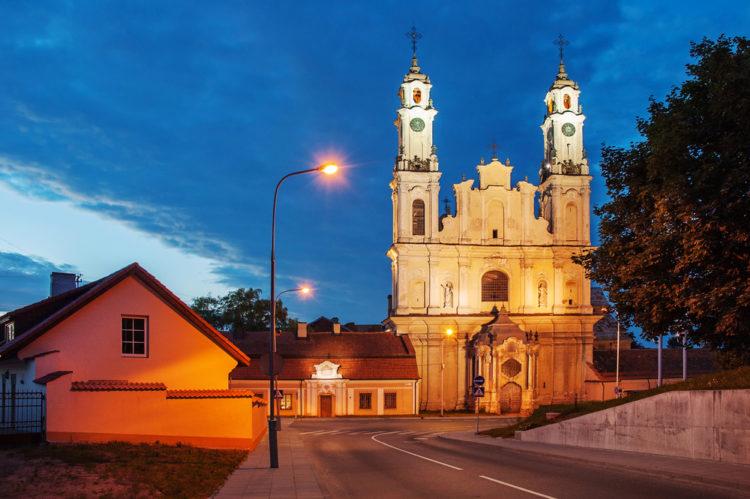 Костёл Святых Петра и Павла - достопримечательности Вильнюса