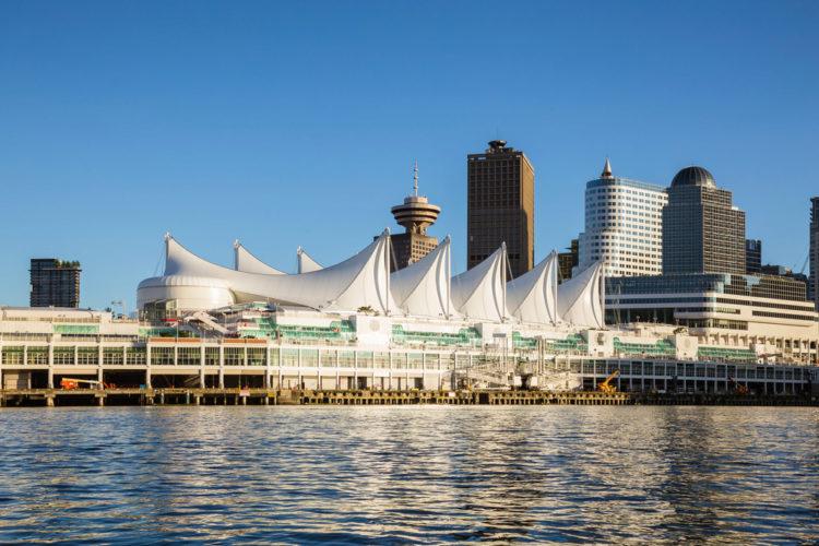 Комплекс Канада-плейс - достопримечательности Ванкувера