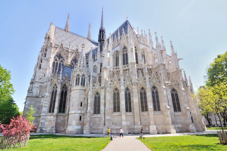 Церковь Вотивкирхе - достопримечательности Вены
