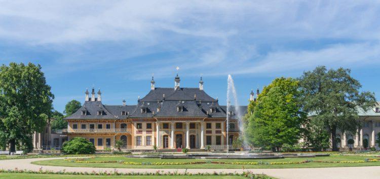 Дворец-замок Пильниц - достопримечательности Дрездена