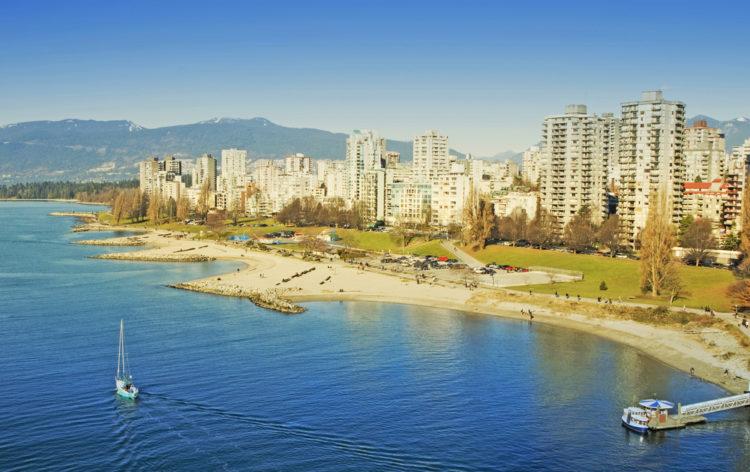 Пляж Инглиш Бей - достопримечательности Ванкувера