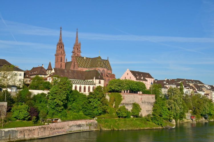 Кафедральный собор Базеля - достопримечательности Базеля
