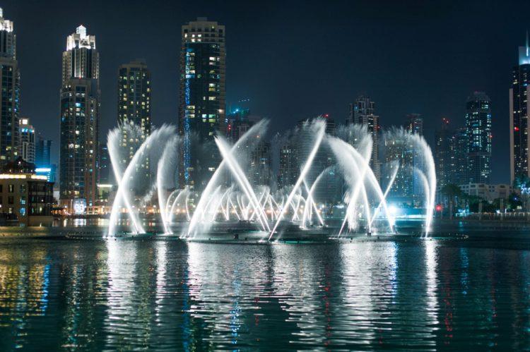 Музыкальный фонтан Дубай - достопримечательности Дубая