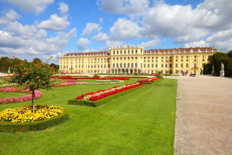 Дворец Шёнбрунн - достопримечательности Вены