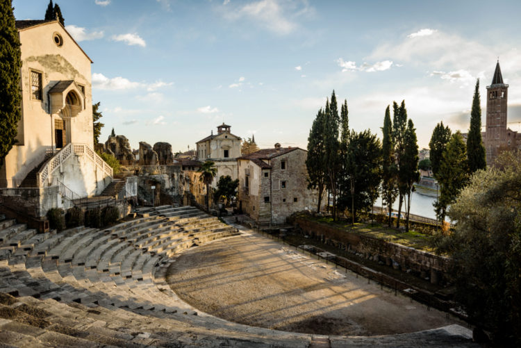 Римский театр - достопримечательности Вероны