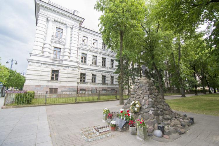 Музей жертв геноцида - достопримечательности Вильнюса
