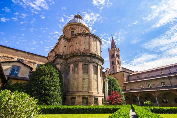 Базилика Сан-Доменико - достопримечательности Болоньи