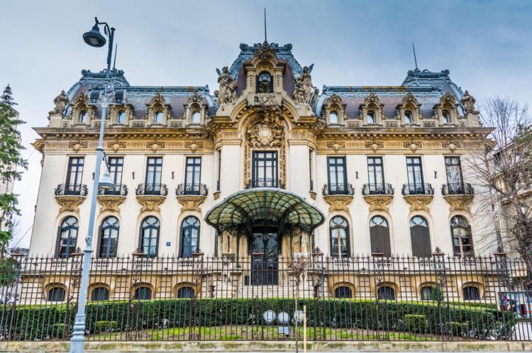 Дворец Кантакузино - достопримечательности Бухареста