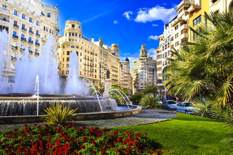 Площадь Мэрии - достопримечательности Валенсии